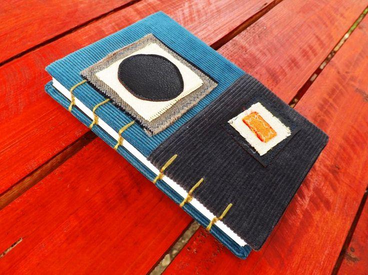 https://www.breslo.ro/item/jurnal-handmade-catifelat-circle-1831516