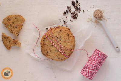 Praliné Paradicsom: Karamellizált fehér csokis, kakaóbabtöretes keksz