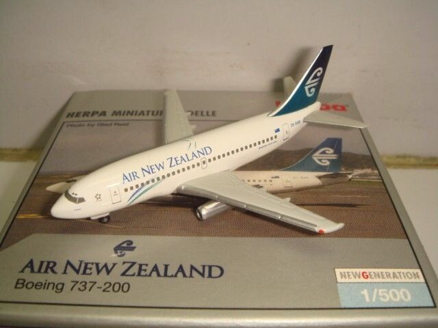 Air New Zealand Herpa 737-200 model Pacific Wave livery