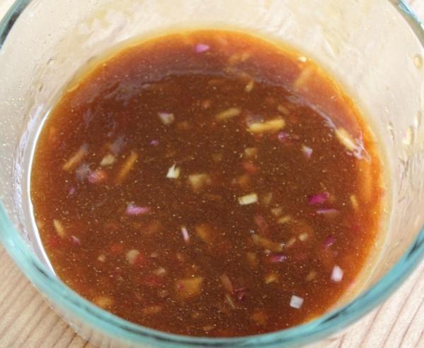 Aprenda a preparar molho de gengibre com esta excelente e fácil receita. Se você gosta da cozinha asiática, não pode deixar de experimentar este molho de gengibre!...