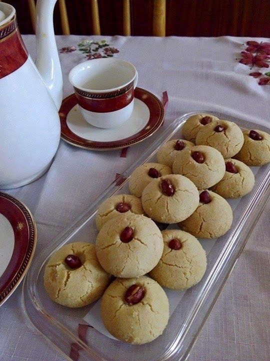Recette du Ghraïba tunisienne (Ghraiba a la farine) | Plus belle la vie