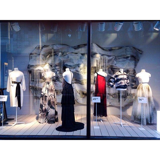 "H&M,Oxford Street,London,UK, ""It's a Mixture of All-Sorts"", pinned by Ton van der Veer"