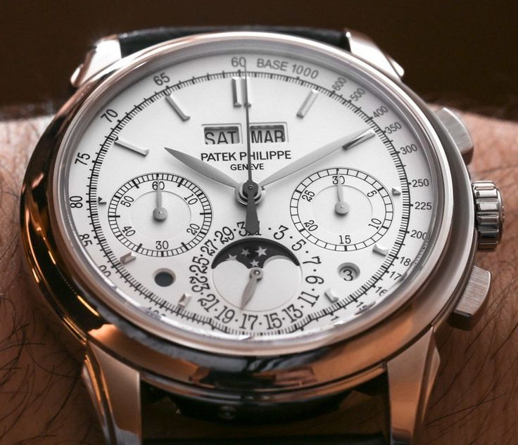 A hands-on look at the 2014 Patek Philippe 5270 & Patek Philippe 5271 Perpetual Calendar Chronograph watches..