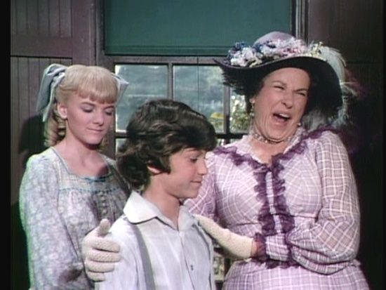 Katherine MacGregor, Alison Arngrim and Jonathan Gilbert as Harriet, Nellie and Wille Oleson