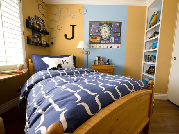 Tight Quarters    This boy's bedroom measures just 10' x 10', creating a real challenge for mom and designer Janice Peters. Her 11-year-old son, Jason, is an avid scholar who needs room to store his books and scientific equipment.