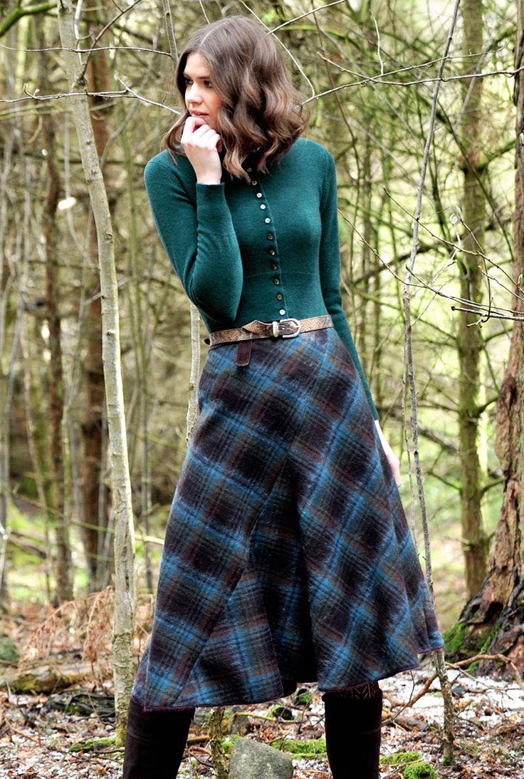 SCOTTISH TWEED BIAS CUT SKIRT - Women's Skirts | Brora