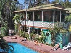 Arts Factory Lodge - Experience a true Byron Bay Hostel