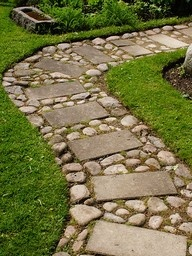 combo of concrete and stones. Such a pretty #path!Stone Paths, Sprinkles Baking, Gardens Paths, Garden Paths, Stones Pathways, Step Stones, Stones Walkways, Stones Paths, Baking Sodas