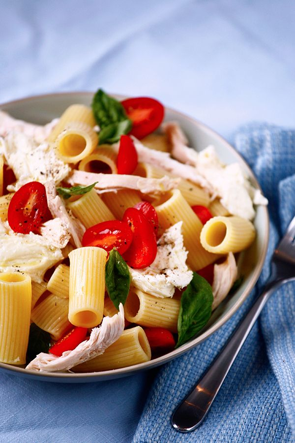 A tasty take on the classic flavors of the Mediterranean with the inclusion of succulent rotisserie chicken, cherry tomatoes and buffalo mozzarella.