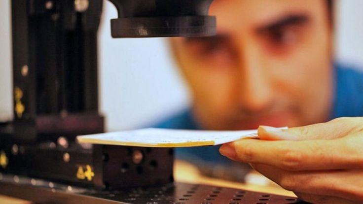 Scienziati del MIT inventano un dispositivo per leggere i libri senza aprirli