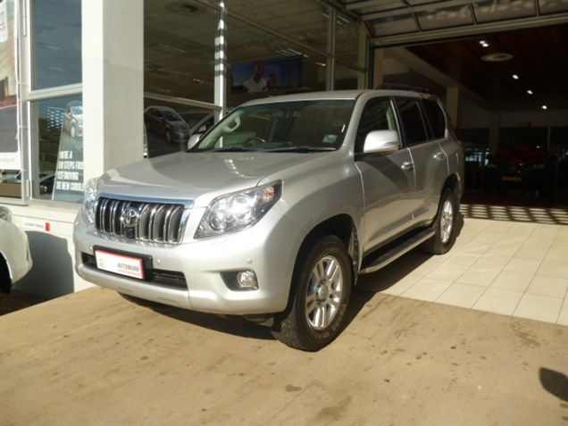 The Influential, 2011 #Toyota #Prado VX 4.0 V6 #SUV. Silver, 4.0 Petrol Engine, Automatic Transmission. Mileage 79 000Kms, Just R449 990. Extras to Enjoy: *ABS *Airbag - On/Off Switch *Airbag - Driver & Passenger *Alarm *CD Front Loader *Central Locking Key *Climate Control *EBA *Electric Windows - Front & Back *Electric Mirrors *Traction Control *Balance of Service Plan *Balance of Motor Plan & More Contact Keith Rabilal on 0823231303 / 0317371500 or Email keithr@smg.co.za
