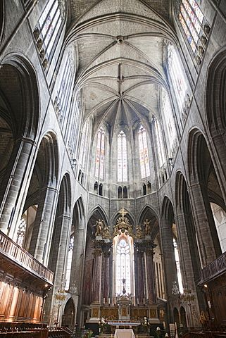 Interior of Narbonne Cathedral, Narbonne, Aude, Languedoc-Roussillon, France…
