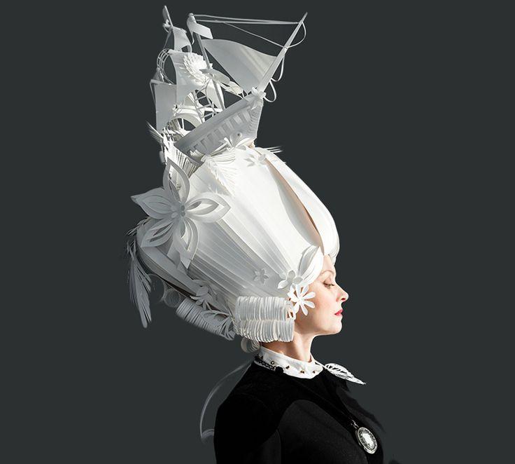 Asya Kozina: abiti tradizionali e parrucche in carta - URBAN CONTEST ® MAGAZINE