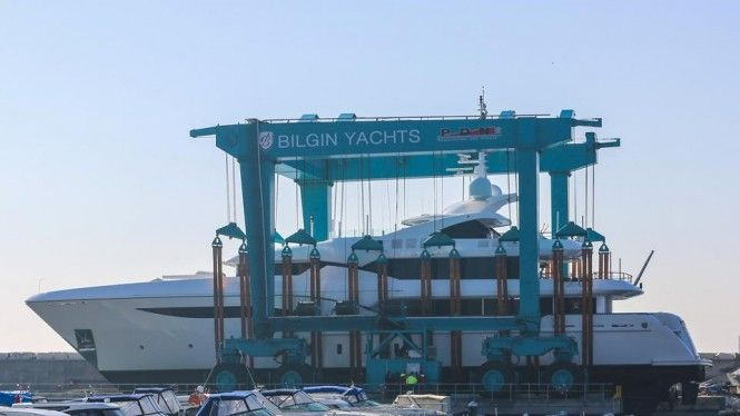 Motor Yacht Dusur Extended to 51m and Ready for the Mediterranean Season