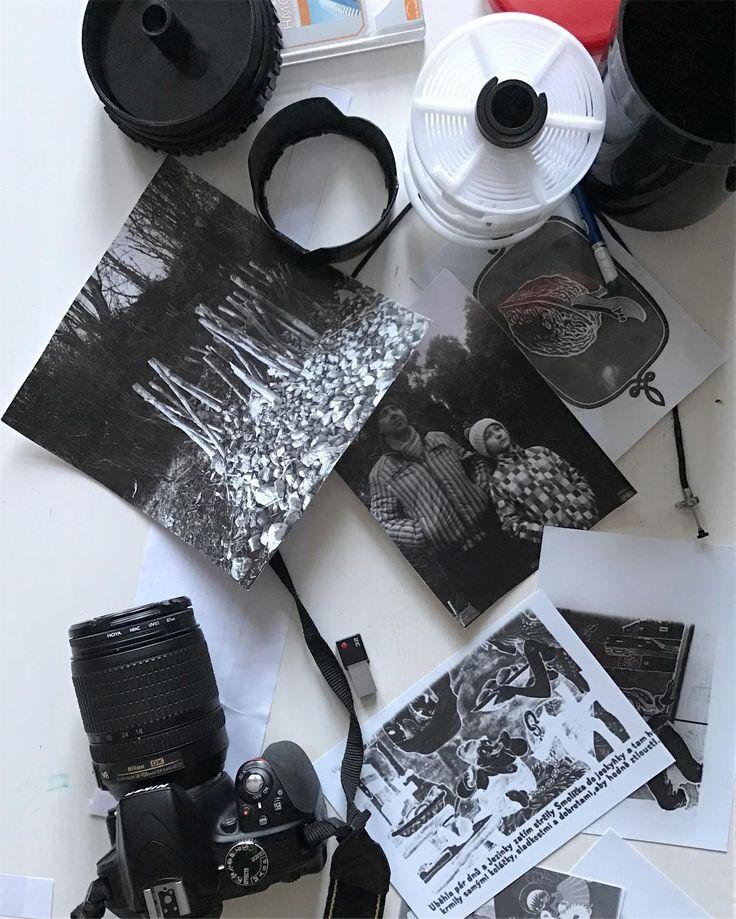 Evaluation of our work from our last #analog #workshop . Vyhodnocení naší práce z posledního analogového workshopu. #filmforever #darkroom #foma #fomapan100 #flexaret #education #analogphotography #trebic #czech
