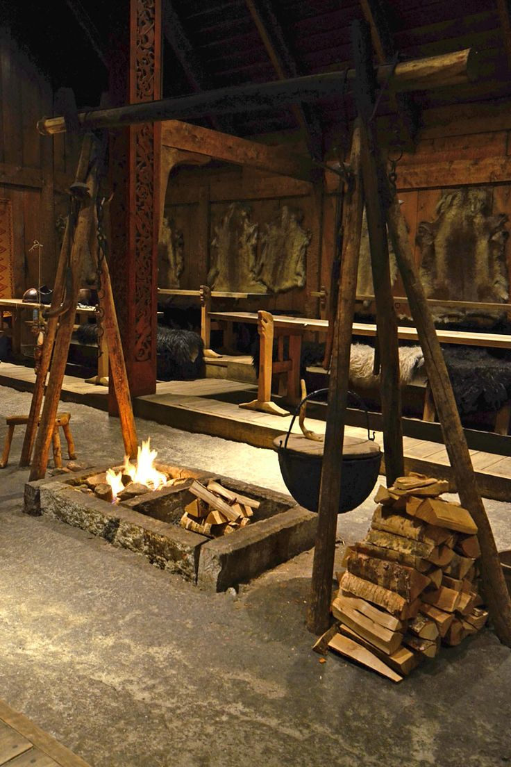 Live was just quite easy at that times when the Vikings lived in the longhouses like in Lofotr; a fire, a good drink and food and a Wifi-free spot http://www.lofotr.no/index.asp