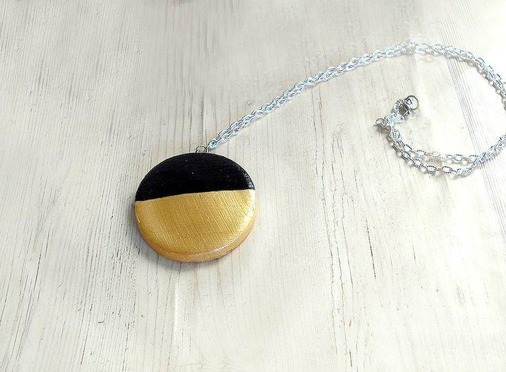 Collane lunghe - Collana moderna porcellana fredda cerchio oro nero - un prodotto unico di FarfallaDorata su DaWanda