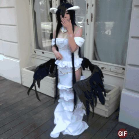 Albedo's gif when I was waiting my friend to finish her photoshoot
