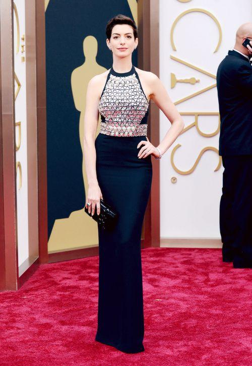 Anne Hathaway / Gucci Armor / 2014 Oscars
