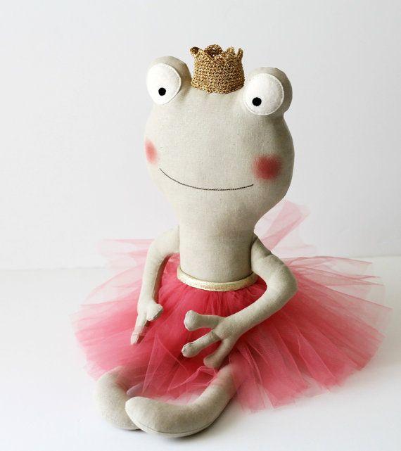 FATTE SU ORDINAZIONE. La principessa rana. Bambola ballerina.