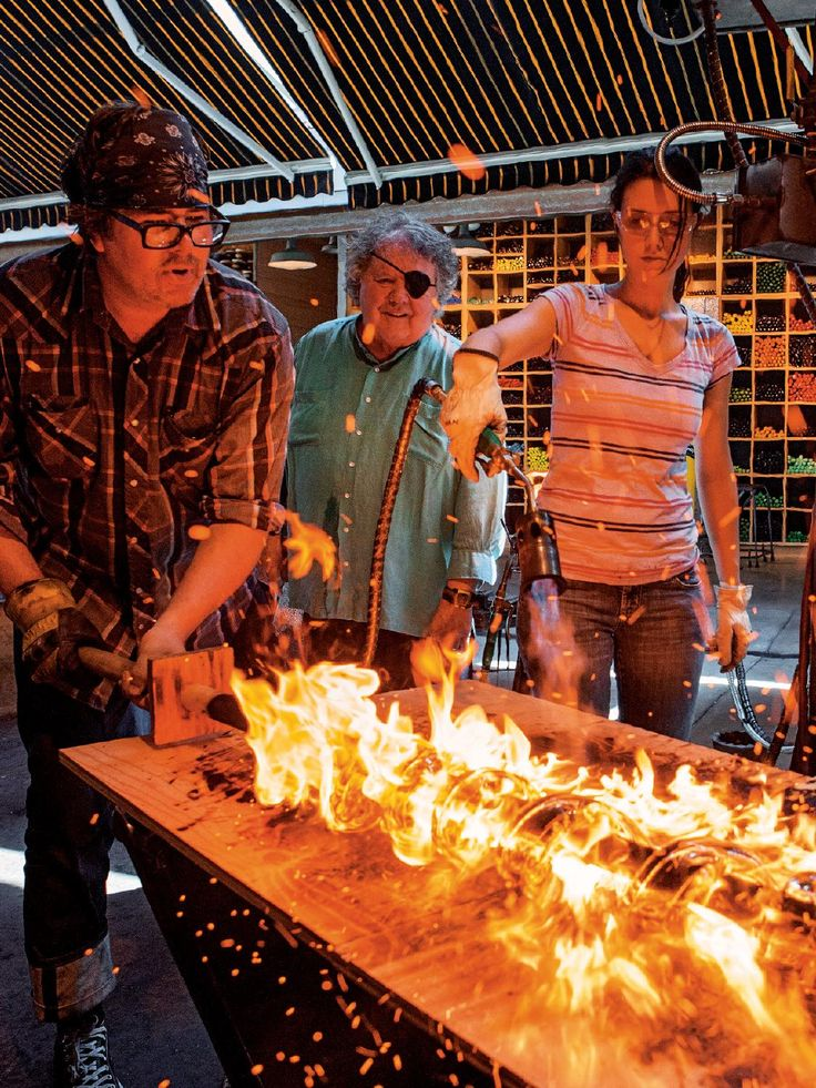 Chihuly: On Fire will take you on a visual journey through the artist's most important series.