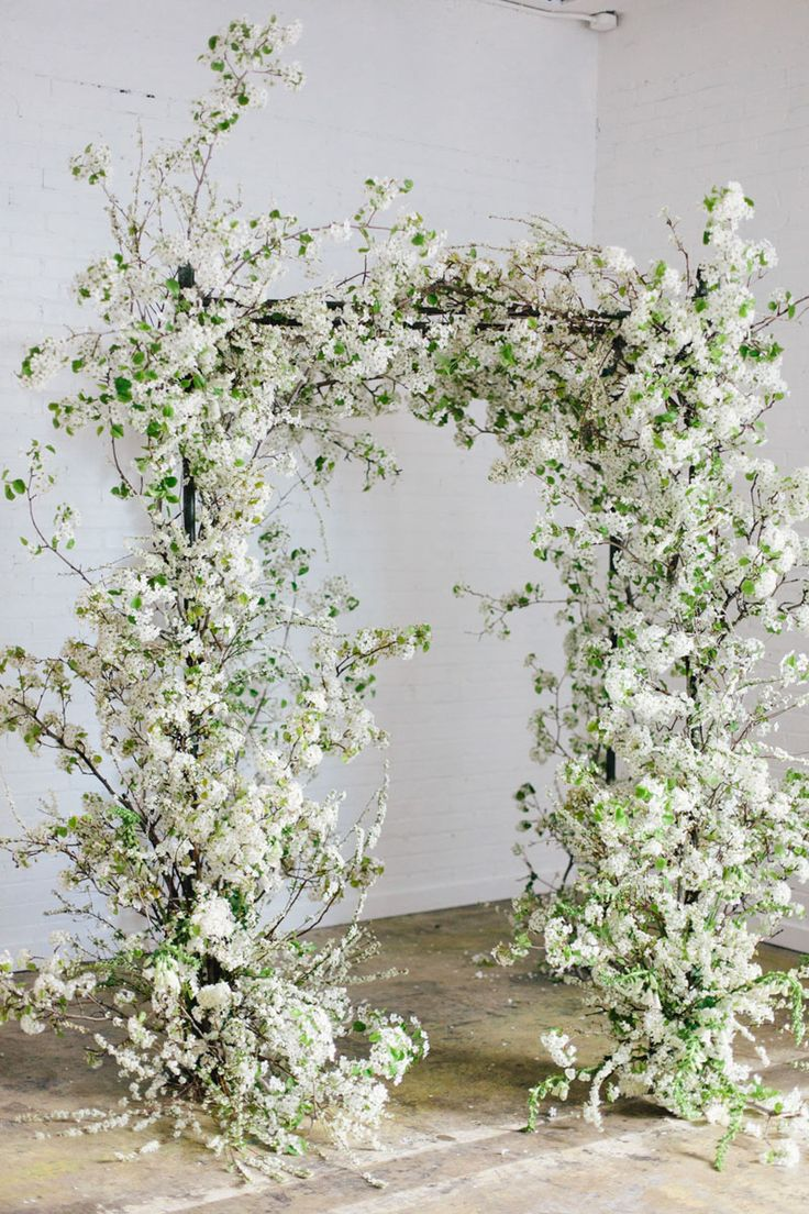 sarahwinward.com | One on one spring flower arranging with Sarah Winwad | Photo Kate Osborne