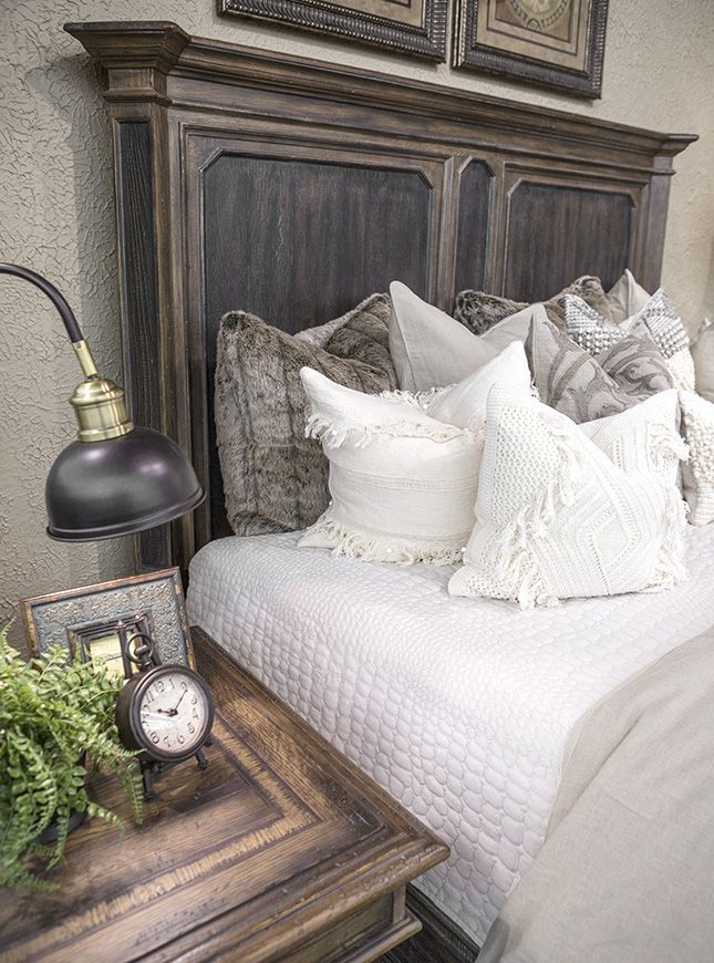 25 Best Ideas About Mansion Bedroom On Pinterest Luxurious Bedrooms Luxury Com And Modern