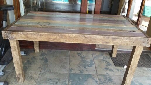 Pallet diningroom table 1