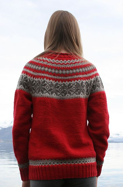 Knitting Patterns For Sweaters In The Round : 17 Best images about Knitting - Fair Isle on Pinterest ...