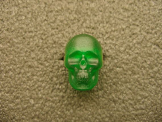 Murano Glass skull ring by GLBriflessi on Etsy, $24.00