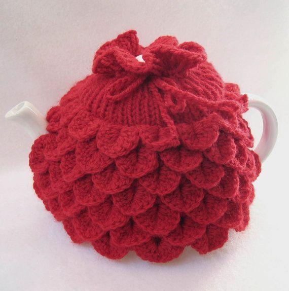 Tea pot Cozy - Teapot cozy Crocodile stitch in red wool