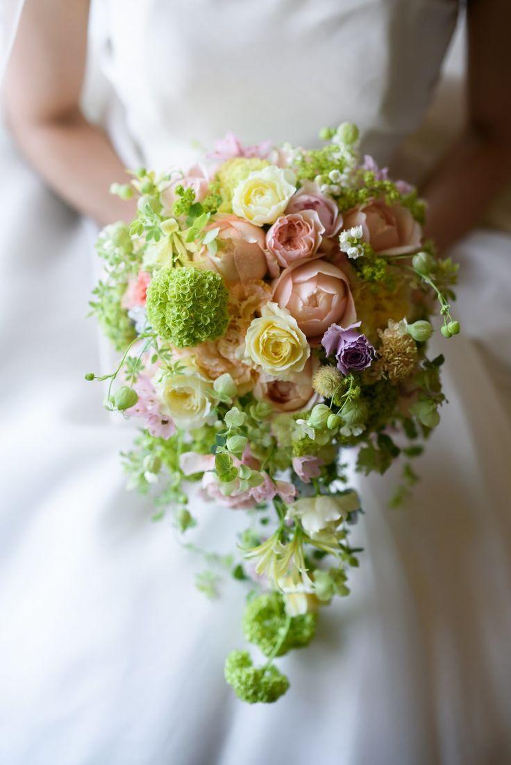 昨年の5月、ヨコハマグランドインターコンチネンタルの花嫁様。今年5月の母の日に、一会にギフトをご依頼くださいました。そう、あの時の素敵な花嫁様とお母様のお...