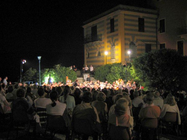 PORTOFINO CLASSICA, SUGGESTIONE IN MUSICA Tra agosto e settembre concentrati gli ultimi concerti di una splendida rassegna nel cuore glamour e culturale della Riviera di Levante