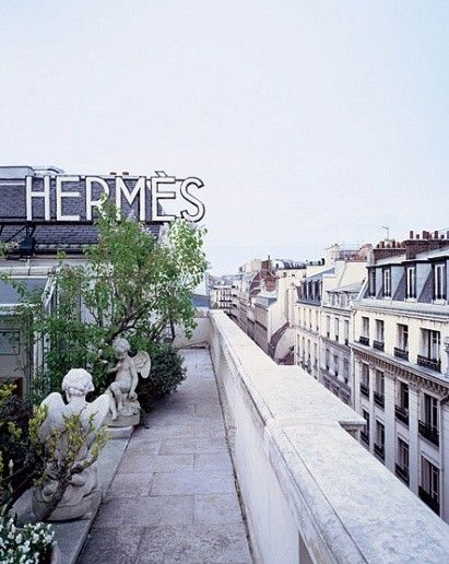 The roof top garden of the Hermès store in Paris
