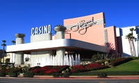 tripYIP.com - Visit Our Site For Fun Things To Do In Most Major Cities! Check out our LOS ANGELES, CA http://www.tripyip.com/uscities/losangeles.shtml page to find out about this fun attraction: HOLLYWOOD PARK CASINO  Hollywood Park Casino is Los Angeles premier gaming casino specializing in the best Hold em Poker, Blackjack, Pai Gow Poker.