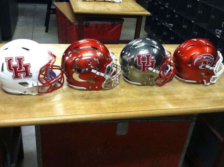 College Football 2013 Preview: 25 Most Interesting New Helmets ...