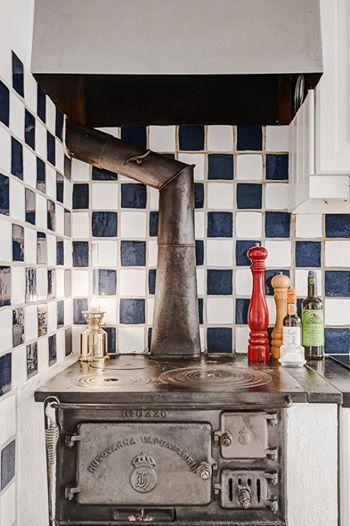 İskandinav tarzı mutfak tasarımı  İletişim : (0216) 594 57 15 - Mail : ruzgarproduksiyon@gmail.com  #kitchendesign #kitchen #furniture #creative #iskandinav #mutfak #tasarım #rüzgartasarım #özeltasarım #mobilya  Rüzgar Tasarım Prodüksiyon l Sosyal Medya Ekibi