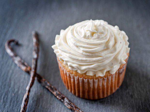 vanille frosting f r kinder cupcake topping rezept. Black Bedroom Furniture Sets. Home Design Ideas