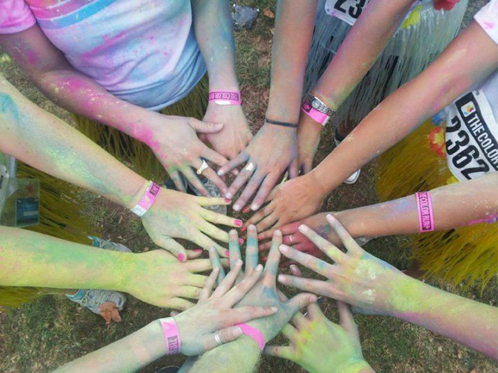 Colour Run Auckland 2014 DW gets colourful for a good cause