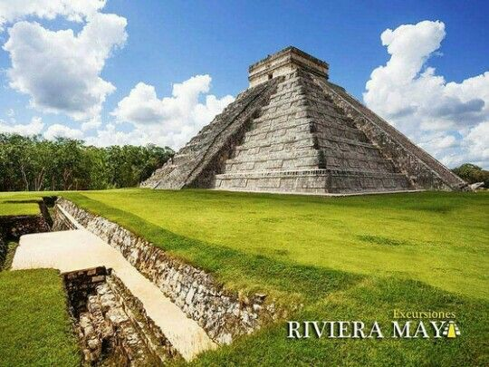 Recuerda que el próximo martes 21 de marzo, Chcichén Itzá se viste de fiesta para recibir a la serpiente emplumada y ver como desciende por las escalinatas del gran castillo de Kukulkan ¿te lo vas a perder? Nosotros te llevamos  #Equinoccio de #Primavera #Descenso de #Kukulkan #ChichenItza #CukturaMaya #Mexico #RivieraMaya   https://www.excursionesrivieramaya.es/tours/excursiones-en-la-riviera-maya/equinoccio-otono-primavera-chichen-itza