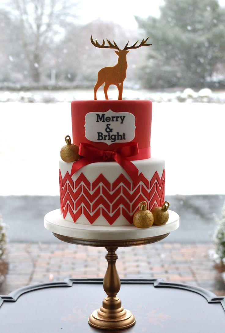Merry and Bright Christmas cake.