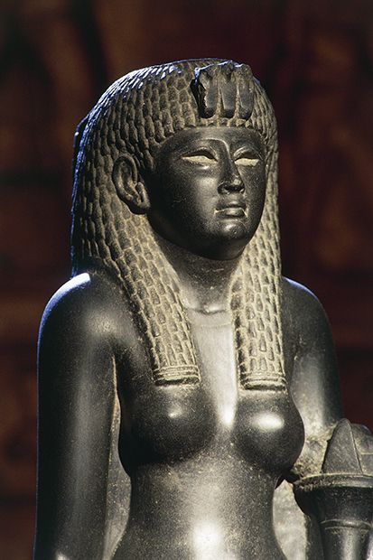 This statue is thought to depict Cleopatra, the last in a long line of 'female kings' to rule ancient Egypt in their own right © Bridgeman