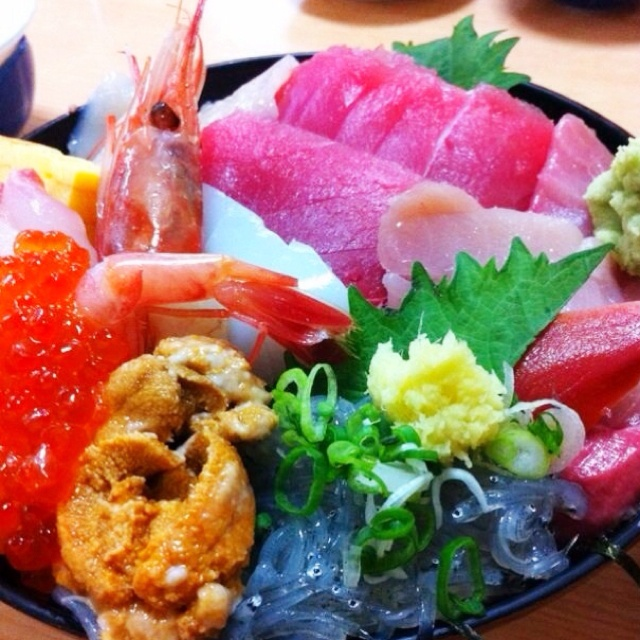 48 best images about kaisendon on pinterest rice bowls for Best sashimi fish