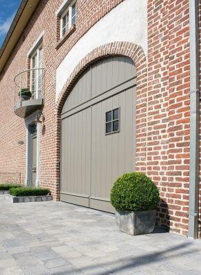 Ramen, deuren en garagepoort door Belisol.