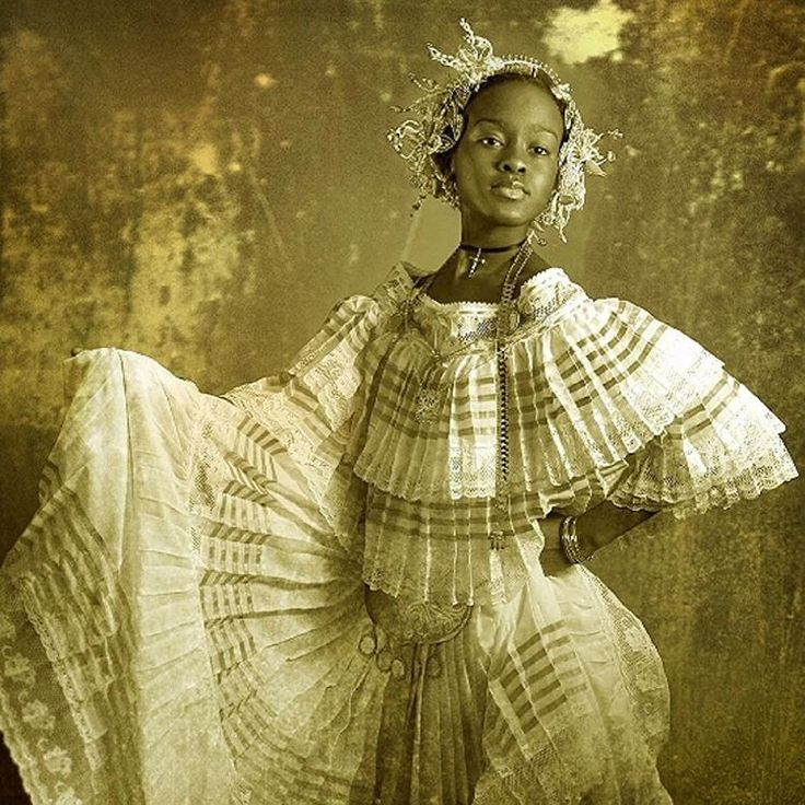 15 Incredible Photos of Afro Panamanian Traditional Dress   Black Girl with Long Hair