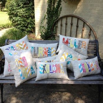 Pillow Cover Linen Blend Appliqued Name by SouthernCottageStyle & 107 best naaiprojecten images on Pinterest | Sewing ideas Sewing ... pillowsntoast.com