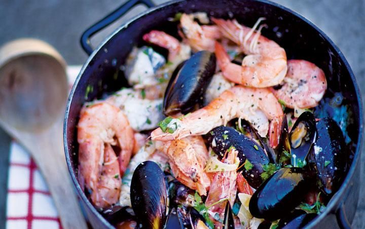 Quick West Coast seafood potjie