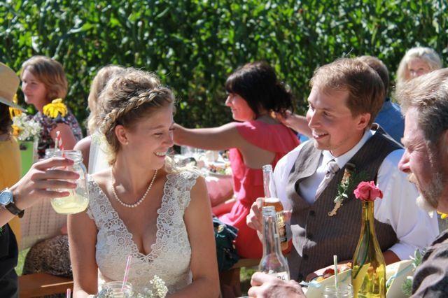 Picnic chic weddings at Prairie Gardens farm. www.PrairieGardens.org