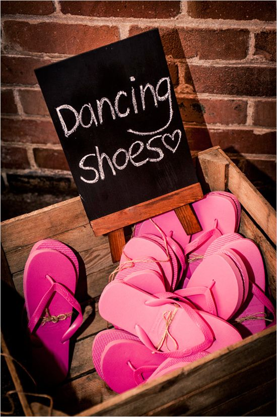 Wedding Dancing Ideas: Providing guests with comfy shoes, ensures that everybody can dance! @weddingchicks