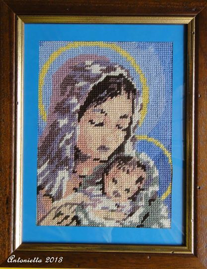 Quadro con Madonna realizzato con il mezzo punto #ricamo #embroidery
